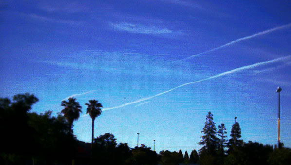NW to SE Chemtrails, June 05, 2004